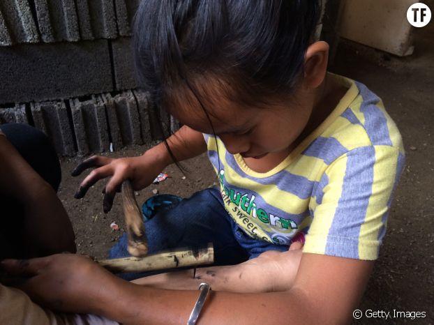 Une des petites-nièces de Whang Od
