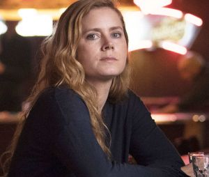 Amy Adams dans la série Sharp Objects