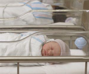 Des rafles de bébés épinglées par un rapport au Canada