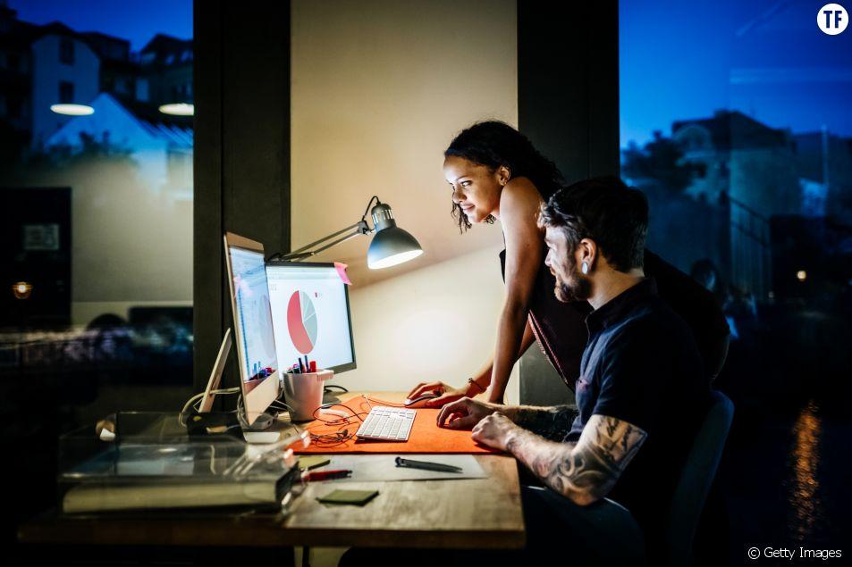 Les heures supplémentaires favorisent-elles la réussite professionnelle ?