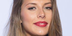 L'ancienne Miss France Camille Cerf filme son harceleur à une terrasse de café