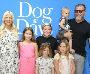 """""""Vos enfants sont gros"""" : Tori Spelling riposte aux attaques contre sa famille"""