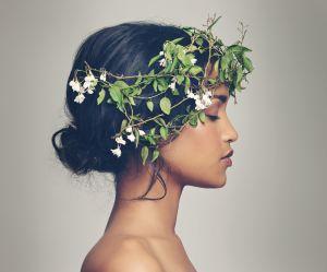 Elles transforment leurs cheveux en vase à fleurs