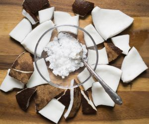 Et si on se rasait avec de l'huile de coco ?