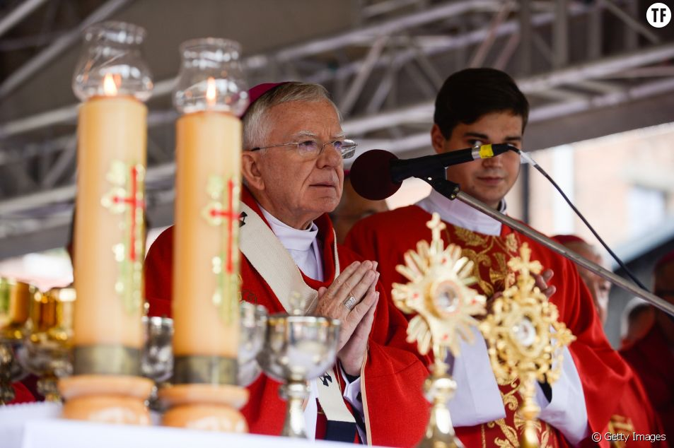 L'archevêque Marek Jedraszewski suscite la polémique.