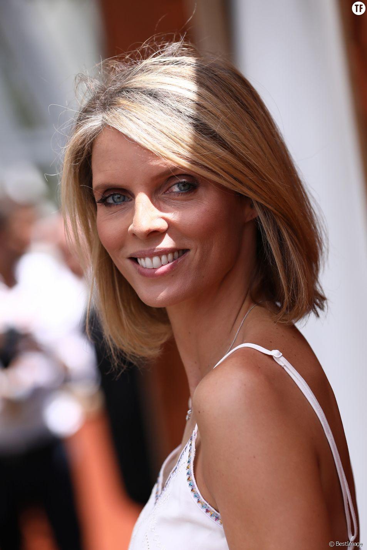 Miss France : Sylvie Tellier ne s'opposera pas à une candidate transgenre