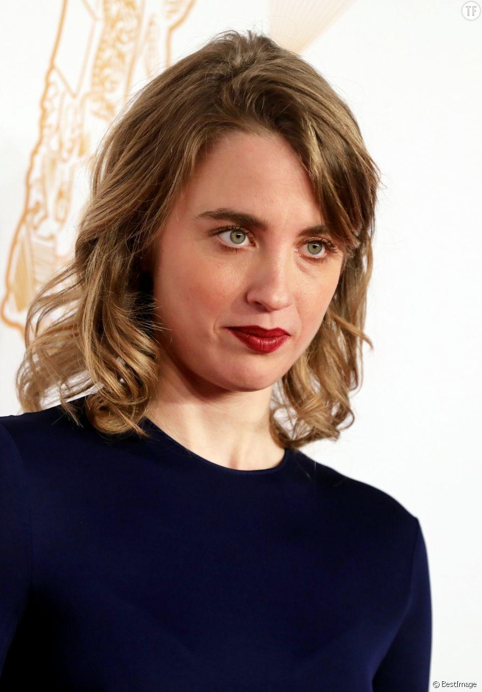 Adèle Haenel fustige la société française dans les pages du New York Times.