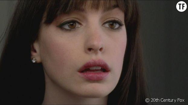"Anne Hathaway se transfigure dans ""Le diable s'habille en Prada""."
