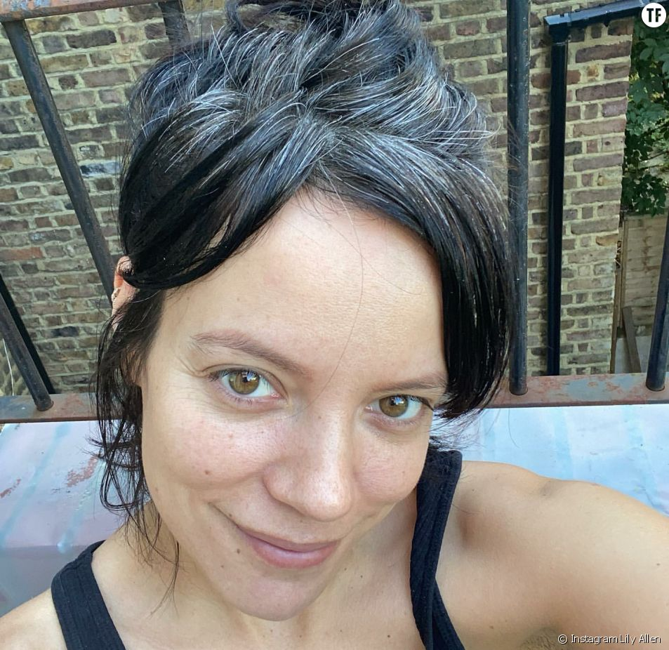 La chanteuse Lily Allen sans maquillage pendant le confinement