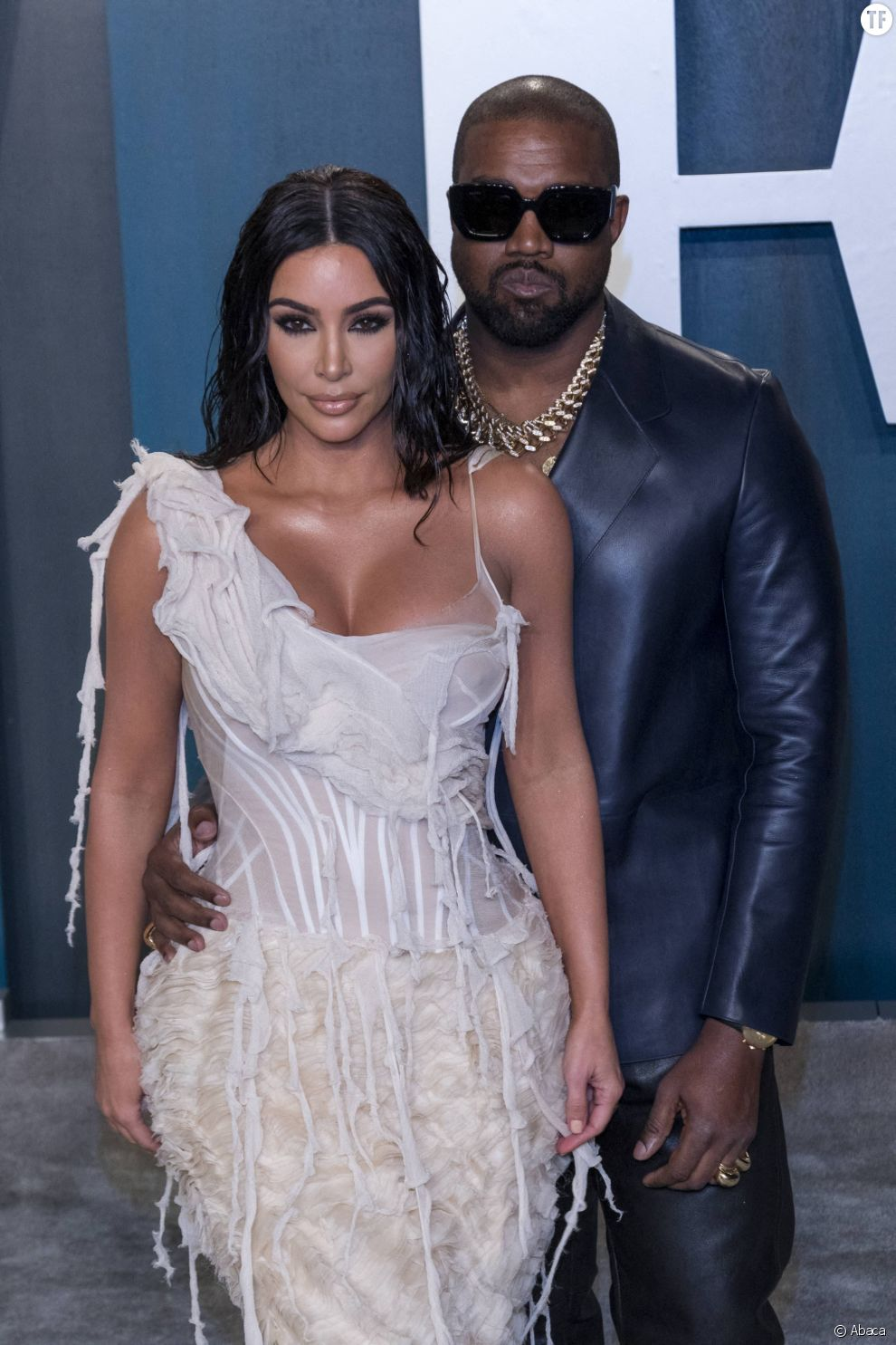 """""""C'est compliqué et douloureux"""" : Kim Kardashian aborde la bipolarité de Kanye West"""