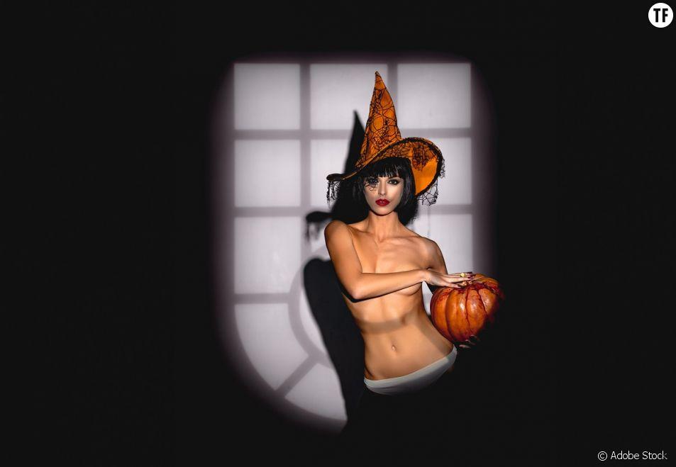 """Halloween : des femmes """"infantilisées"""", sexualisés, objectifiées."""