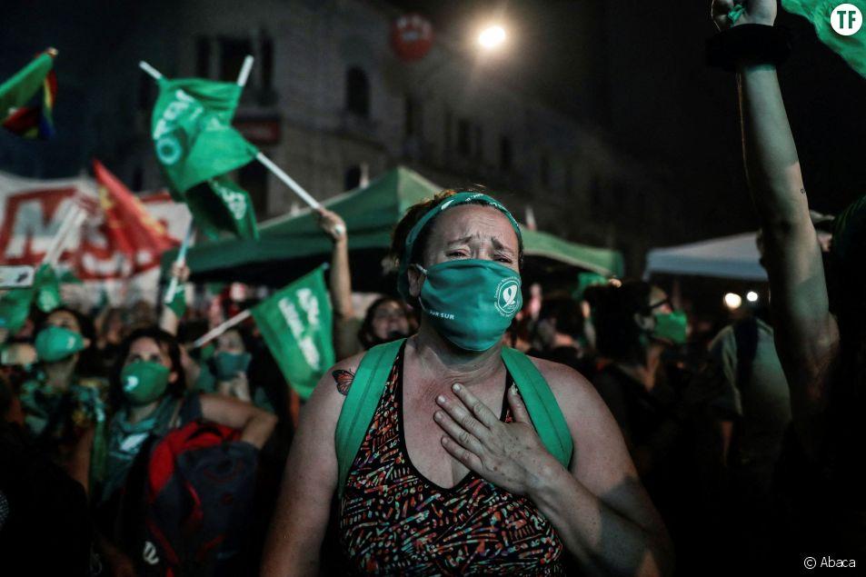 L'Argentine légalise l'IVG après l'adoption du texte par le Sénat