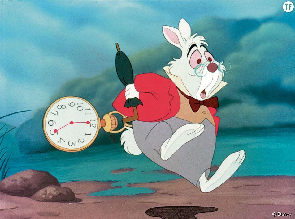 """""""Alice au pays des merveilles"""", classique de Disney, et son lapin obsédé par le retard."""