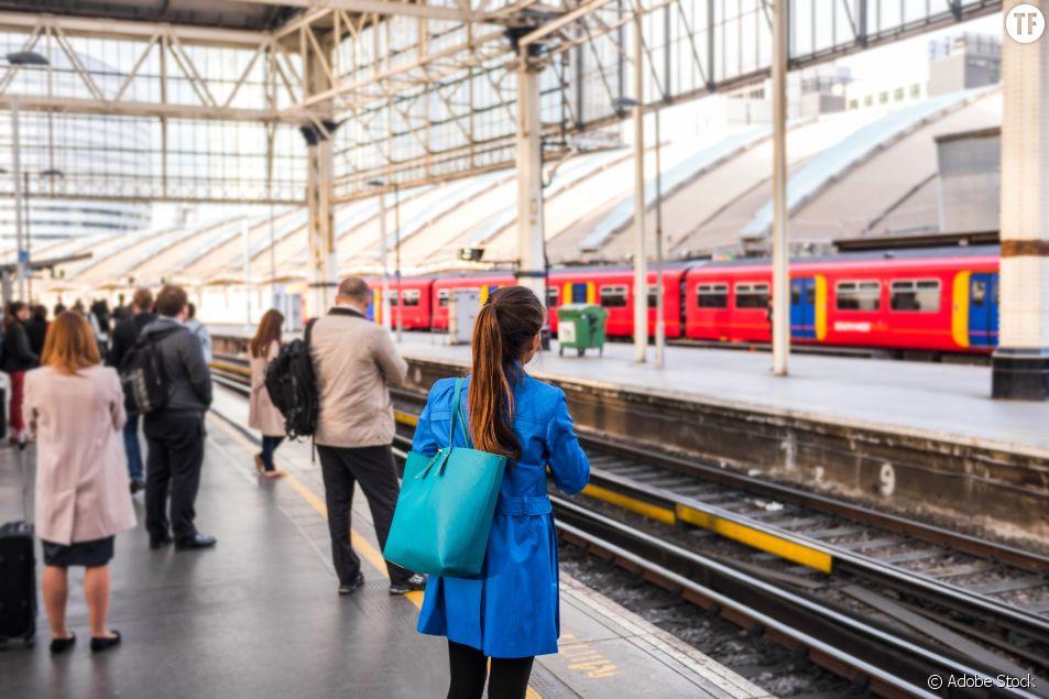 Au Royaume-Uni, on paie des billets de train aux victimes de violences conjugales pour fuir