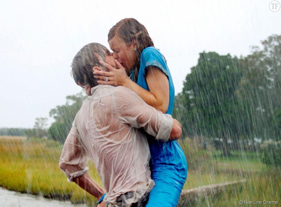 """""""N'oublie jamais"""", et son baiser sous la pluie so hot."""