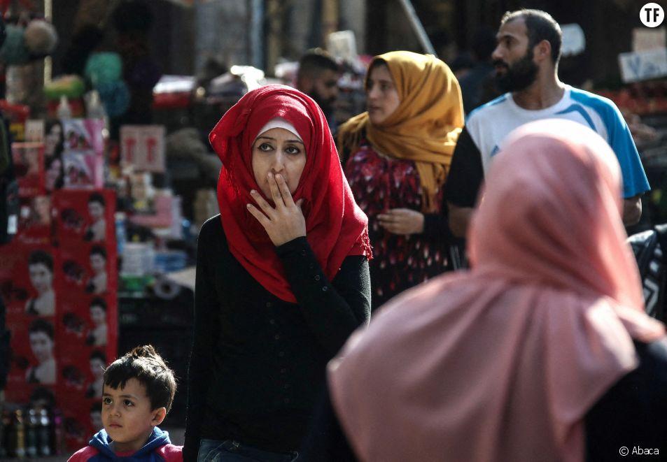 Face au prix exorbitant des protections périodiques, les Libanaises utilisent des chiffons