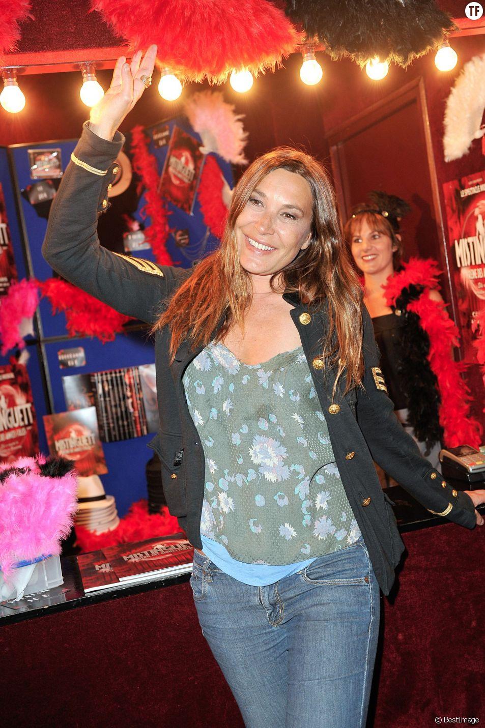 """Zazie - Générale du spectacle """"Mistinguett, reine des années folles"""" au Casino de Paris, le 25 septembre 2014."""