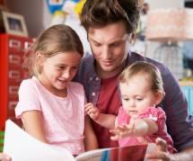 Les papas, responsables du désintérêt des enfants pour la lecture : l'étude en carton