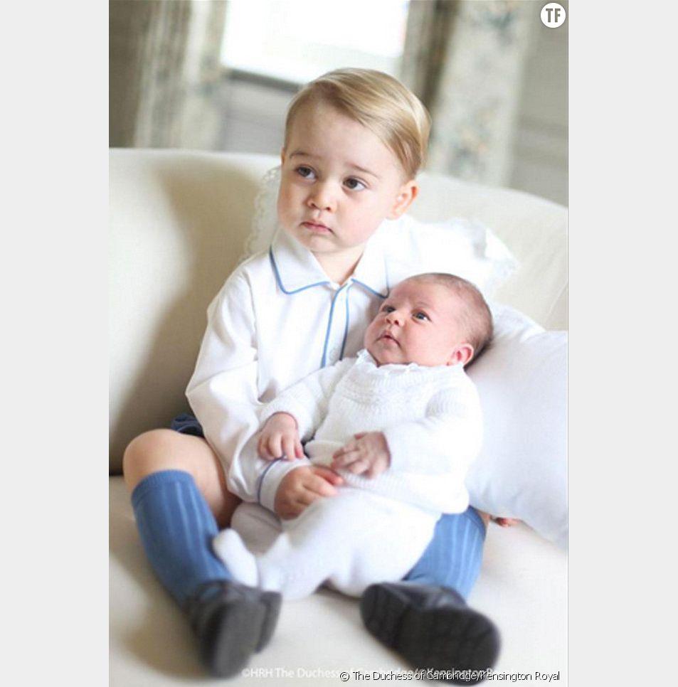 Le prince George et sa petite soeur Charlotte