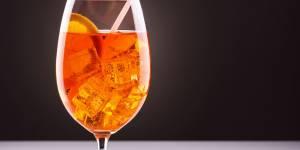 Cocktail Aperol Spritz : la recette inratable en vidéo