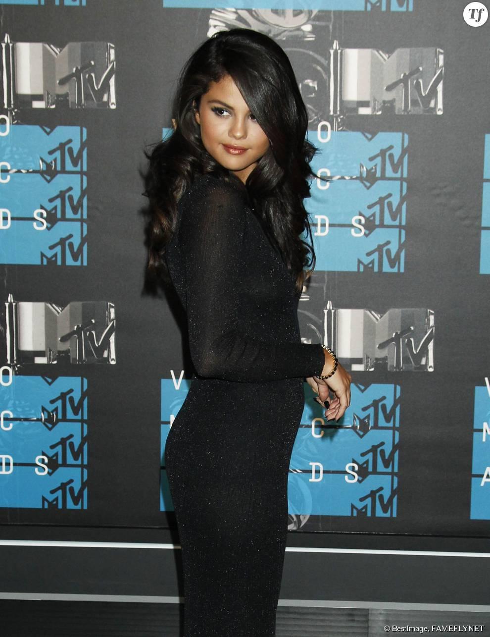 Selena Gomez à la soirée des MTV Video Music Awards à Los Angeles le 30 aout 2015.
