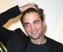 """Robert Pattinson : pas contre un autre """"Twilight"""", il ne parle plus de Kristen Stewart"""