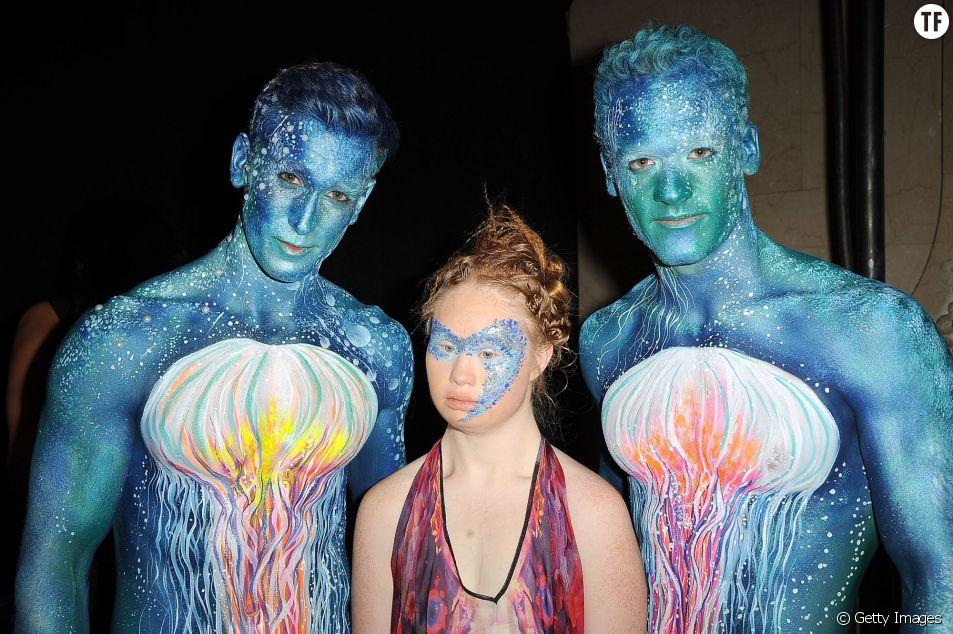 Elle devient la deuxième personne atteinte de Trisomie 21 à défiler lors de la Fashion Week de New York.