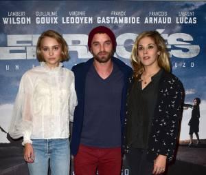 Vanessa Paradis : Lily-Rose et sa belle sortie en famille avec Alysson et Guillaume Gouix (PHOTOS)