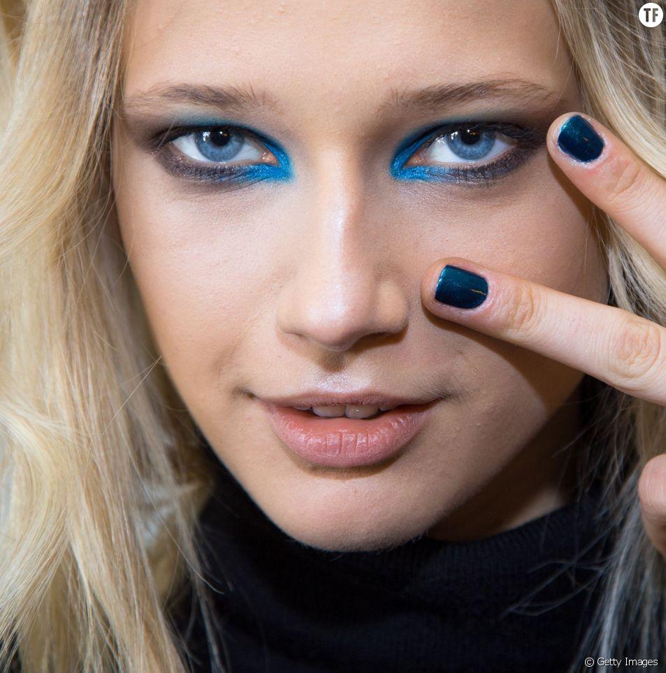 La vie en bleu par Karen Walker...