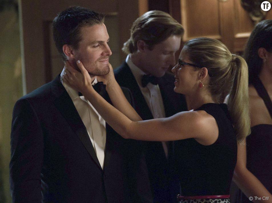 Arrow saison 4 : Oliver va revenir changé grâce à Felicity