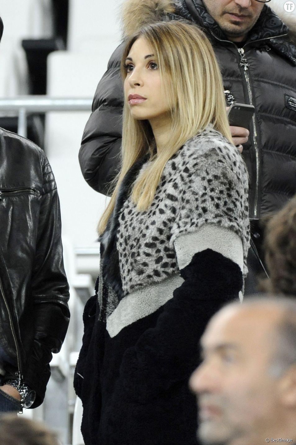 Fanny, la compagne de Mathieu Valbuena - People au match amical France-Suède au stade Vélodrome à Marseille, le 18 novembre 2014.