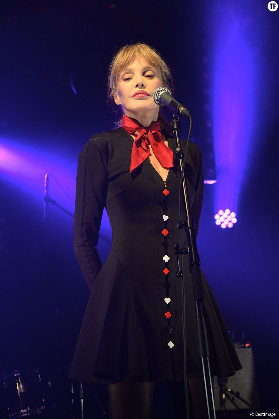 Arielle Dombasle - Showcase privé de Arielle Dombasle & The Hillbilly Moon Explosion au Bus Palladium à Paris. Le 24 septembre 2015