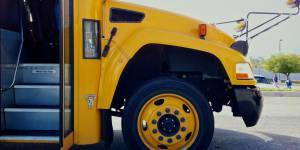 Quand une école renvoie chez elle une petite fille de 6 ans sans son pantalon