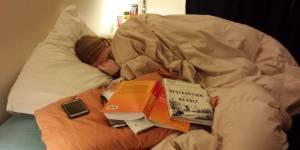 La magnifique déclaration d'amour d'un homme face à sa compagne endormie