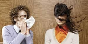 Comment éviter d'attraper (ou propager) ce maudit rhume au bureau ?
