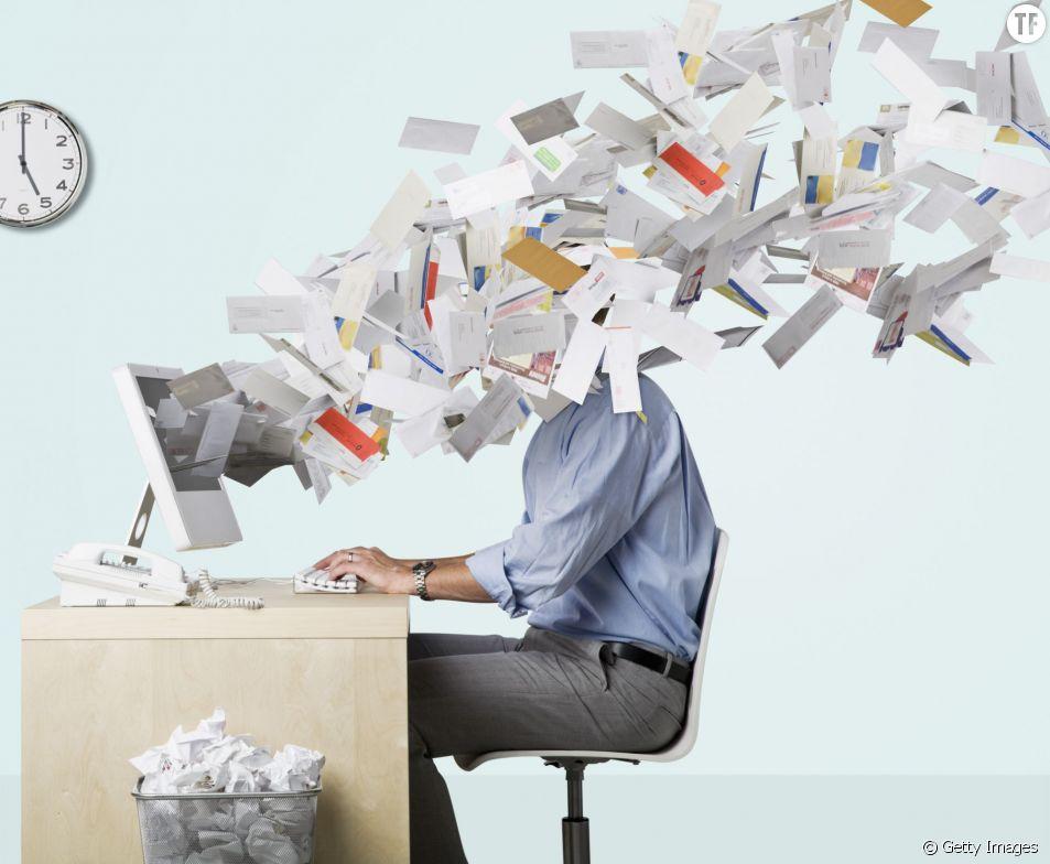 Votre boss a maintenant le droit de lire vos e-mails perso : comment s'en protéger ?