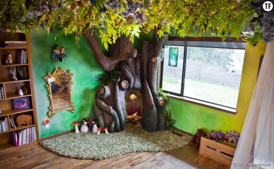 L'arbre magique fabriqué par le super-papa