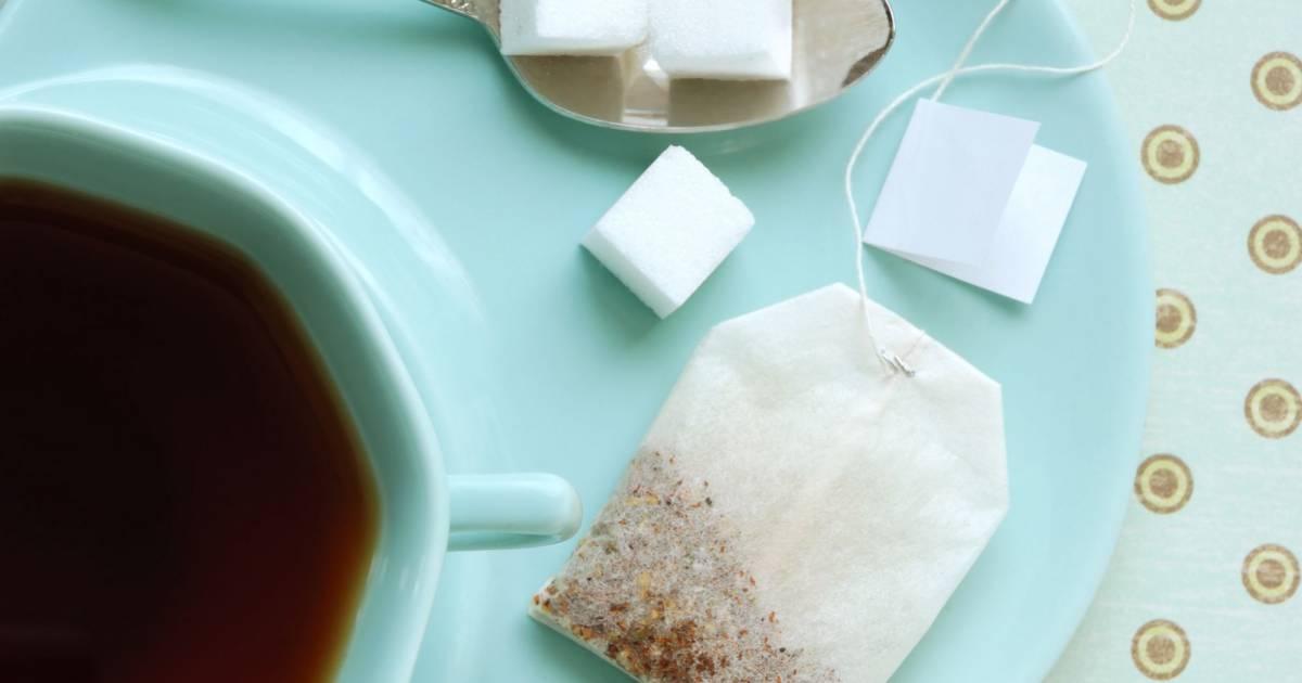 comment enlever les traces de thé et de café de mon mug préféré ?