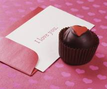 Saint-Valentin 2016 : sélection de poèmes et de cartes pour déclarer son amour