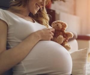 10 cadeaux utiles à faire à une future maman
