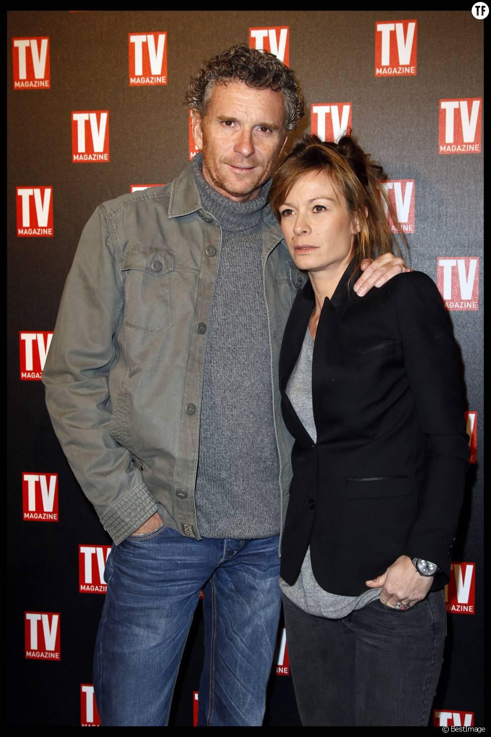 DENIS BROGNIART ET SA FEMME HORTENSE TV MAGAZINE FETE SES 25 ANS AU PLAZA ATHENEE, LE 8 FEVRIER 2012 A PARIS.