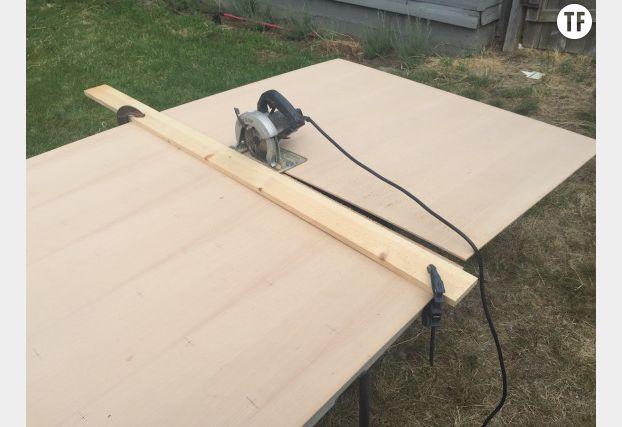 Coupez votre bois en deux planches