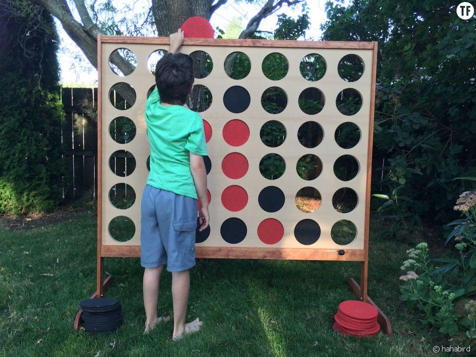 DIY : comment construire un Puissance 4 géant soi-même