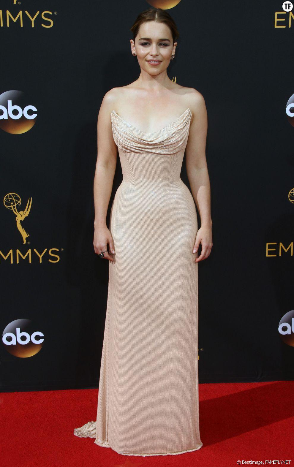L'actrice Emilia Clarke à la 68ème cérémonie des Emmy Awards à Los Angeles, le 18 septembre 2016.