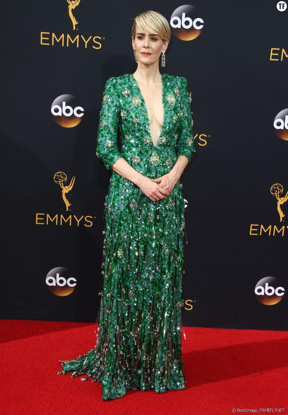 L'actrice Sarah Paulson à la 68ème cérémonie des Emmy Awards à Los Angeles, le 18 septembre 2016