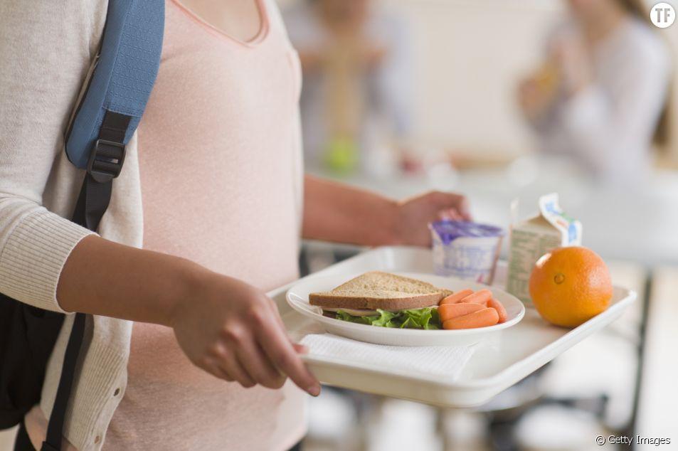 Une ado crée une appli pour que les élèves ne mangent plus seuls à la cantine