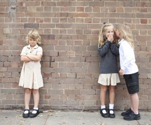 Harcèlement scolaire : cette femme apprend aux enfants à se défendre