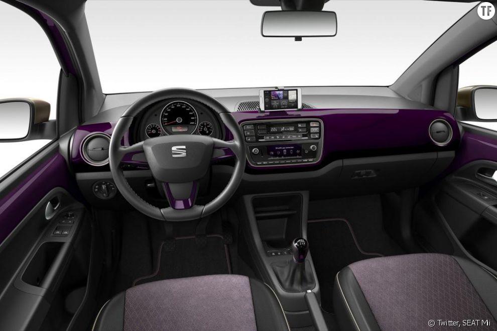 La SEAT Mii par Cosmopolitan : petite, violette... et sexiste