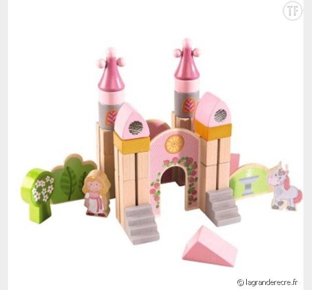 Blocs de construction en bois : Petit château rose