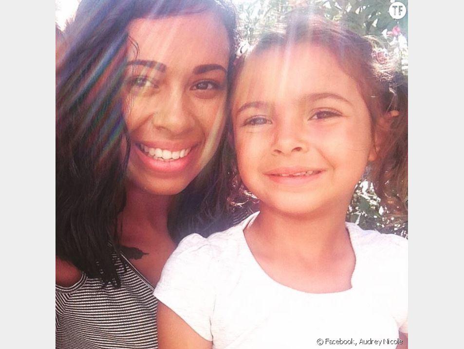 Audrey Nicole avec sa fille